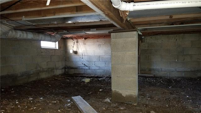 Damp, Dark Crawl Space Improved With CleanSpace in Leslie, MI