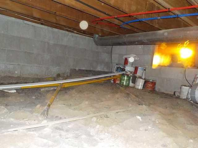 Using CleanSpace to Combat a Moldy Crawl Space in Spring Lake, MI