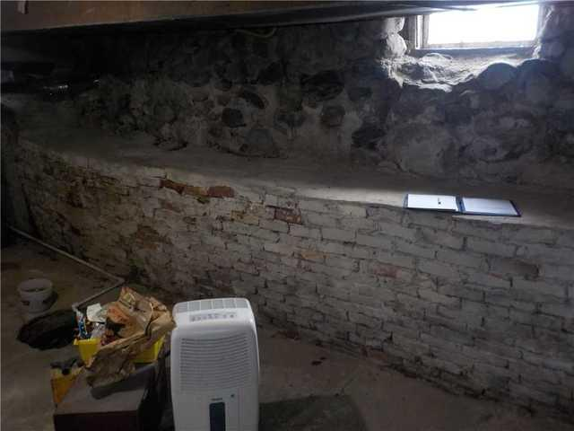 WaterGuard Stops Wall Leaks in Old Home