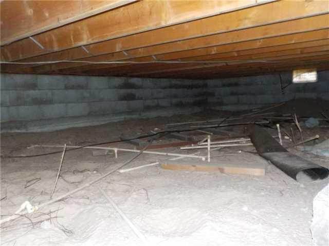 Preventative Action Keeps Shelby, MI Crawl Space Dry