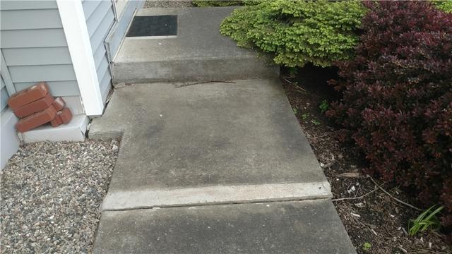 PolyLevel Raised Sunken Saint Louis, MI Sidewalk