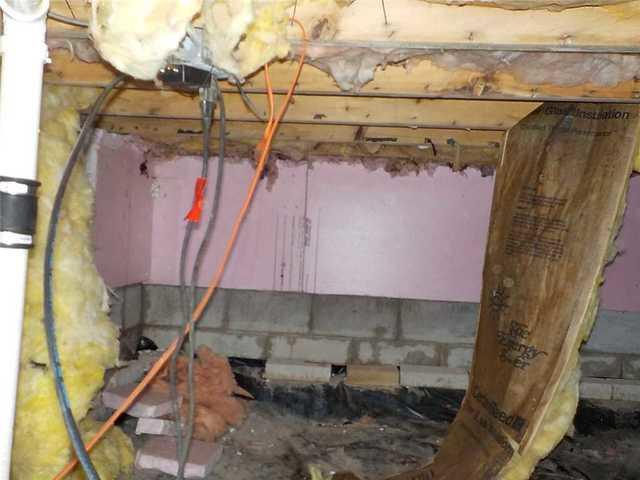 CleanSpace Encapsulation Restores a Filthy Crawl Space In Gladwin, MI