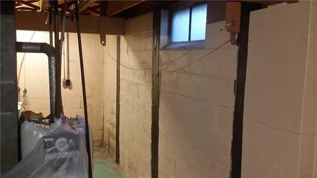 Carbon Armor Straps Fixed Cracked Wall in Ionia, MI