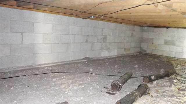 Dirt and Gravel Crawlspace in Brutus, MI