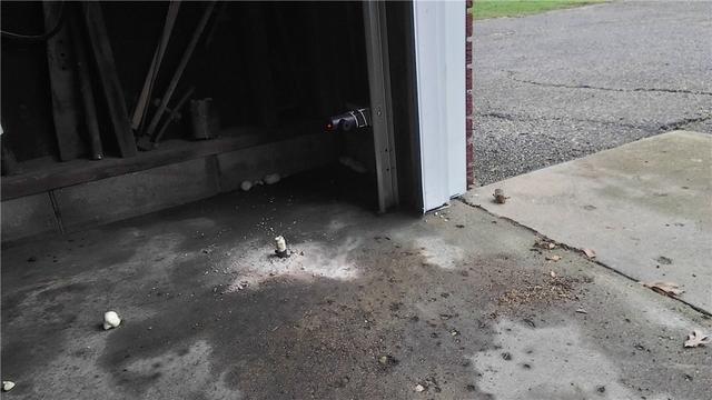 Kalamazoo, MI Garage with Cracked Floor