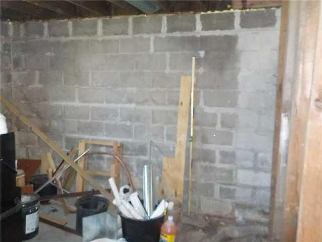 Muskegon, MI Home with Weakened Foundation Walls