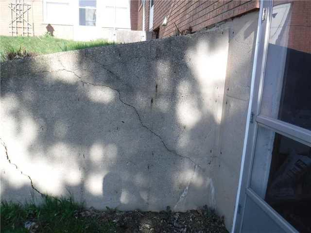 Retaining Walls in Hudsonville, MI Stabilized with Wall Anchors