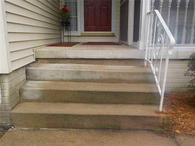 Poly Level Helps a Jackson, MI couple Level Their Porch Steps - Before Photo