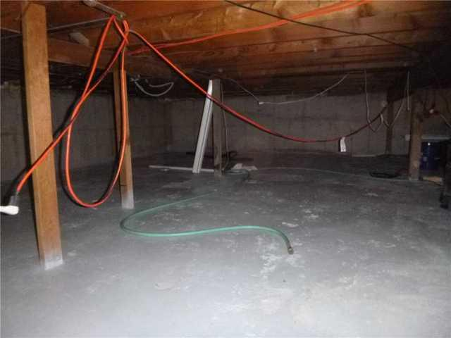 CleanSpace is Essential for Keeping a Grand Rapids, MI Crawl Space Dry