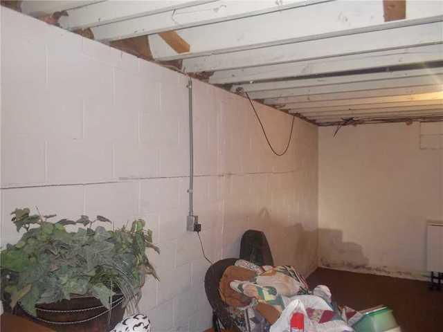 Power Braces Straighten Walls in Antrim County, MI