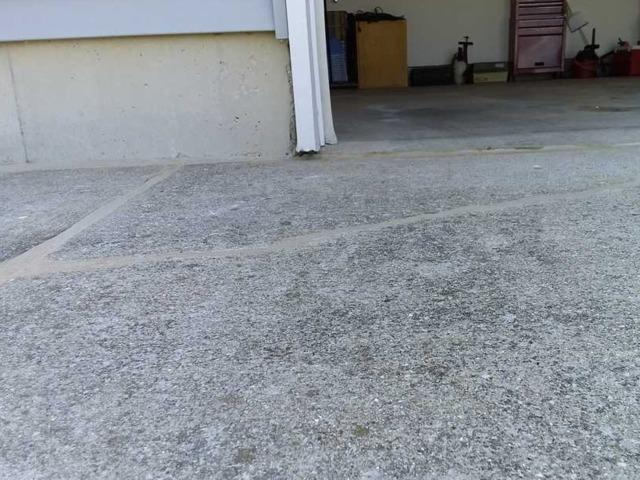 Cracked Concrete Needs PolyLevel in Potterville, MI
