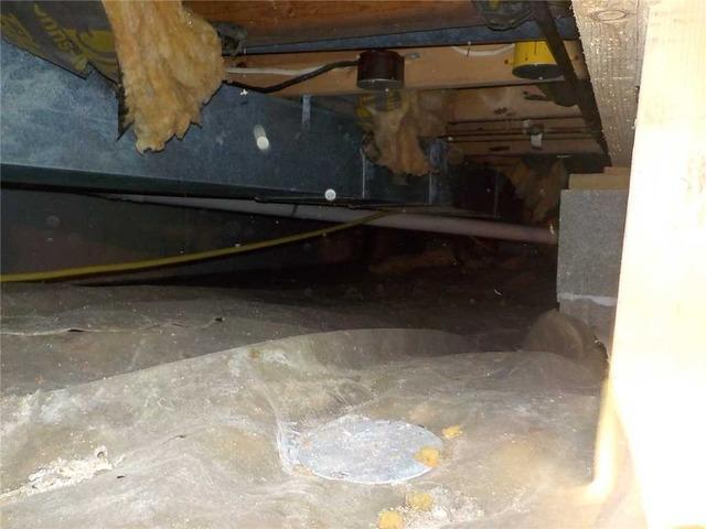 Sealing a Crawl Space Against Moisture in Horton, MI