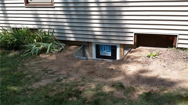 Byron Center, MI Basment Gets a Replacement Egress Window