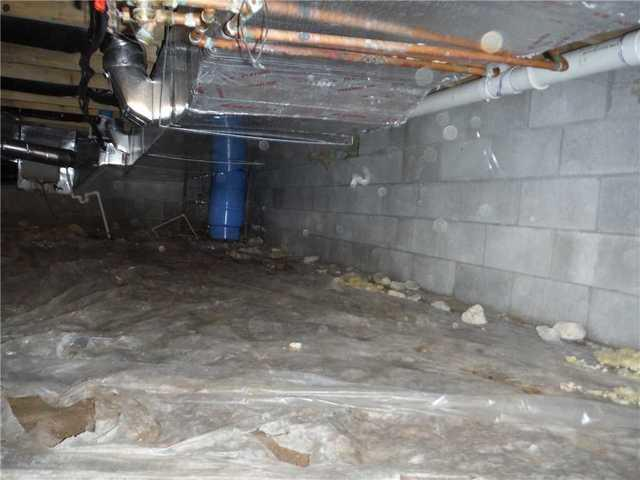 Charlevoix, MI Crawl Space Insulated with SilverGlo
