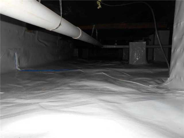 CleanSpace Encapsulation System Surrounds Cheboygan, Mich, Crawlspace