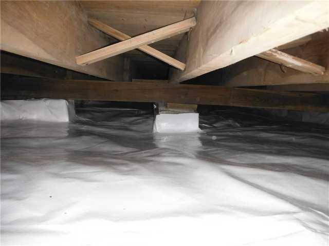CleanSpace Crawlspace Encapsulation System Installed