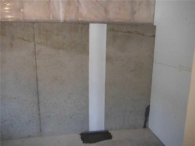 Basement Wall Crack Repair in Dewitt, MI
