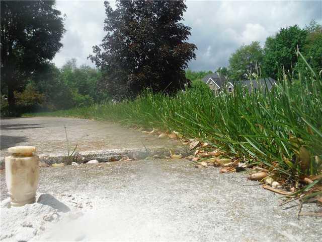 PolyLEVEL Restores Ada, MI Driveway