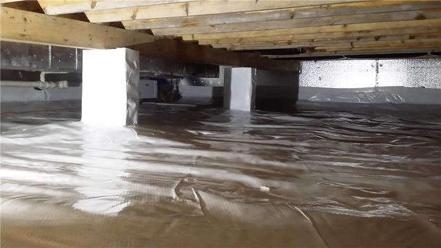 Drying Up Crawlspace in Crandon, WI