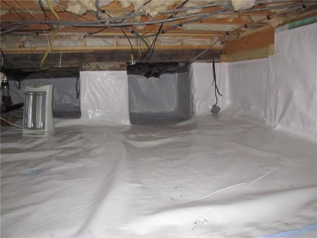 CleanSpace Liner Keeps Orrs Island, ME Crawlspace Moisture-Free