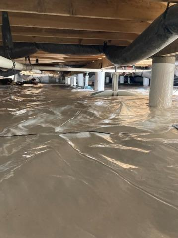 Large Crawl Space in Belle Plaine, KS is Revived with SmartJacks