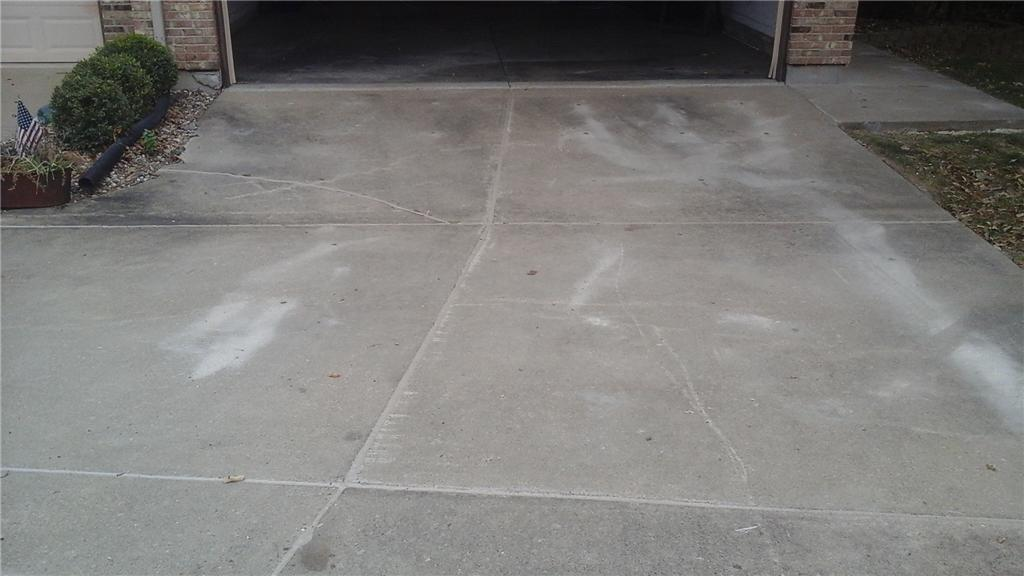 PolyLevel Lifts and Levels Driveway and Walkway in Lake Saint Louis, MO - After Photo