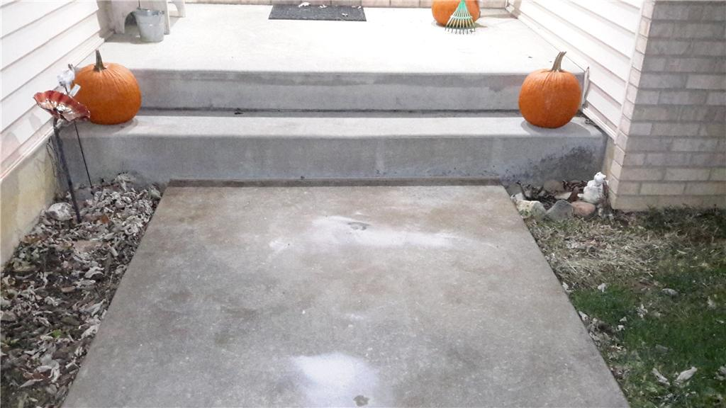 PolyLevel Makes Walkway and Driveway even in Spaulding, IL - After Photo