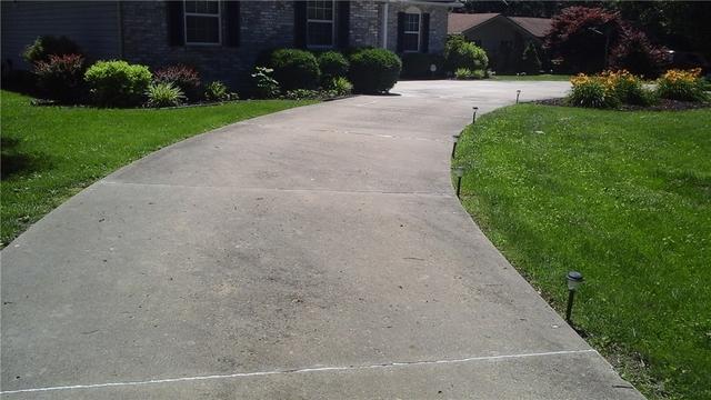 PolyLEVEL Corrects Dorsey, Illinois Walkway