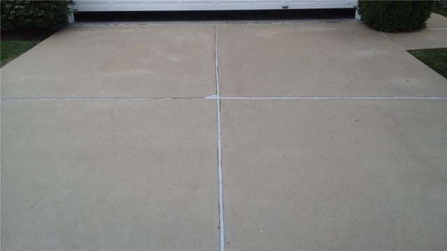 Oakville, Missouri Driveway Aligned with PolyLEVEL
