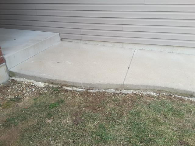 Sinking Sidewalk Lifted with PolyLEVEL Foam Injection in Herculaneum, MO