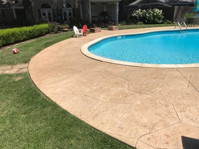 PolyLevel Aligns Caruthersville, Missouri Pool Deck