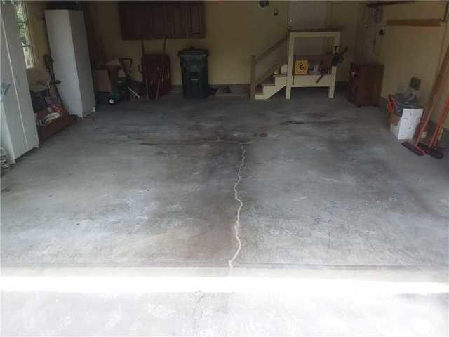 PolyLevel lift Garage Floor in St. Louis, Missouri