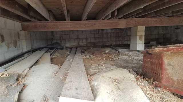 Crawl Space Encapsulation in Lebanon, IL