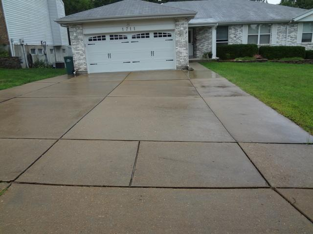 Sunken, Uneven Fenton, MO Driveway Repaired With PolyLevel
