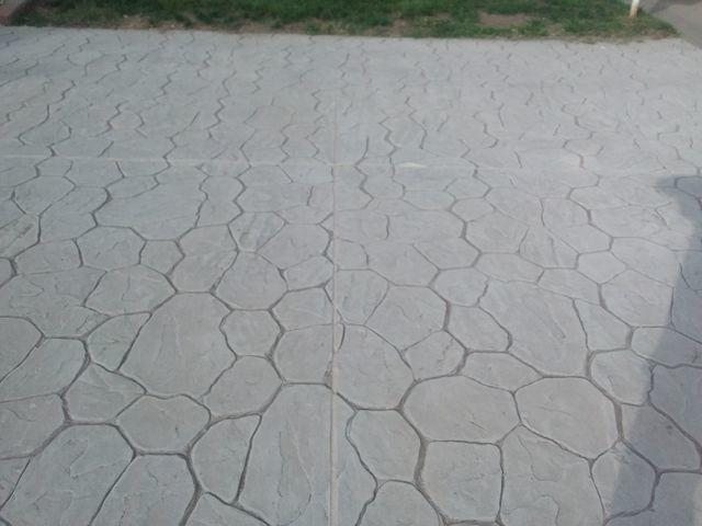 Cracked Driveway Repaired With PolyLevel In Granite City, IL