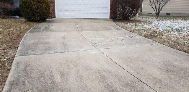 Driveway Repair in Maryville, IL