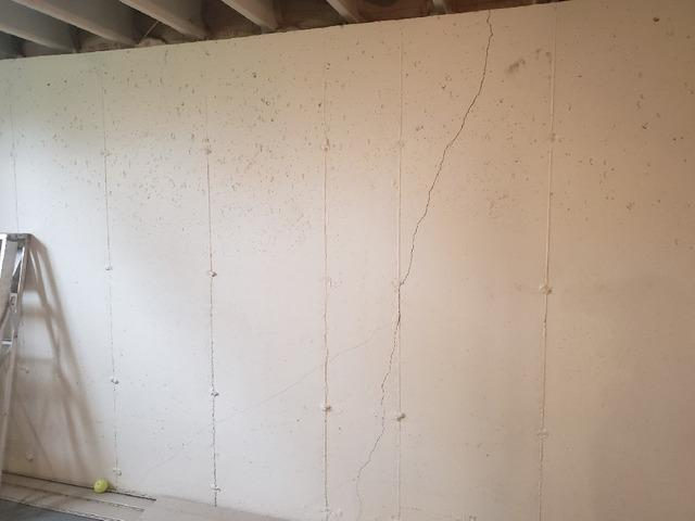 The PowerBrace Wall Repair System - Before Photo