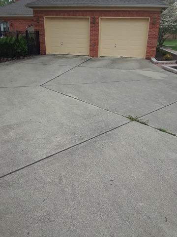 Lifting Concrete Driveway in Henley, MO