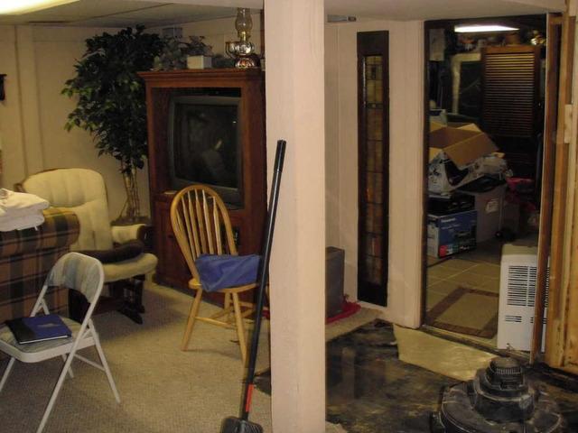 Leaking Ridgway, Illinois Basement Fixed Forever!