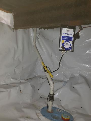 Incapsulating a Crawlspace with CleanSpace™