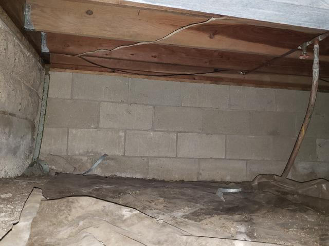 Sealing Crawlspace in Tolono, Illinois