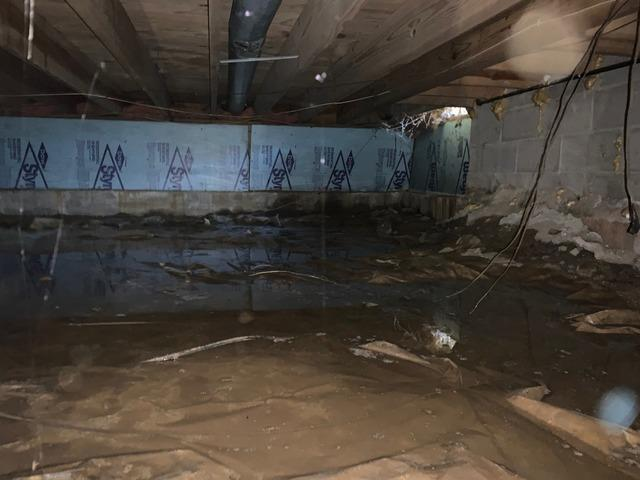CleanSpace Crawlspace Encapsulation System Installed in O'Fallon, Illinois