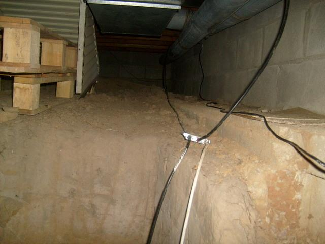 Sealing an Edwardsville, IL Crawl Space