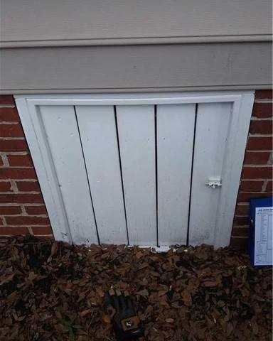 Old Crawlspace Door for Duncan, SC Crawlspace Replaced with EverLast Door