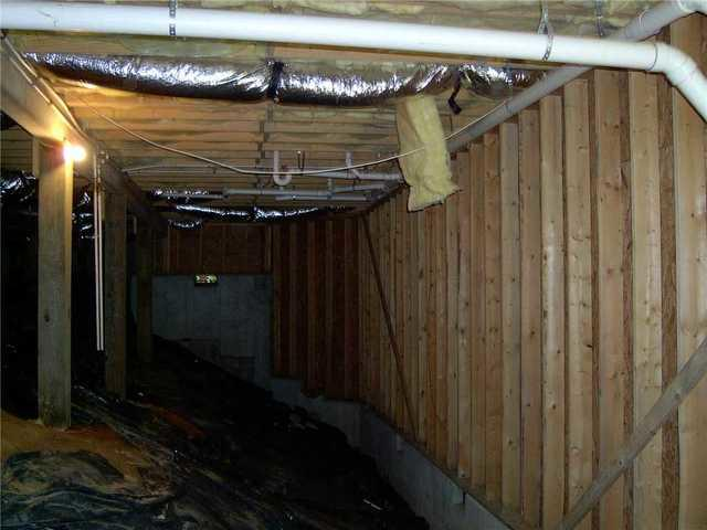 Damp Lake Toxaway, NC Crawlspace Leads to CleanSpace Encapsulation