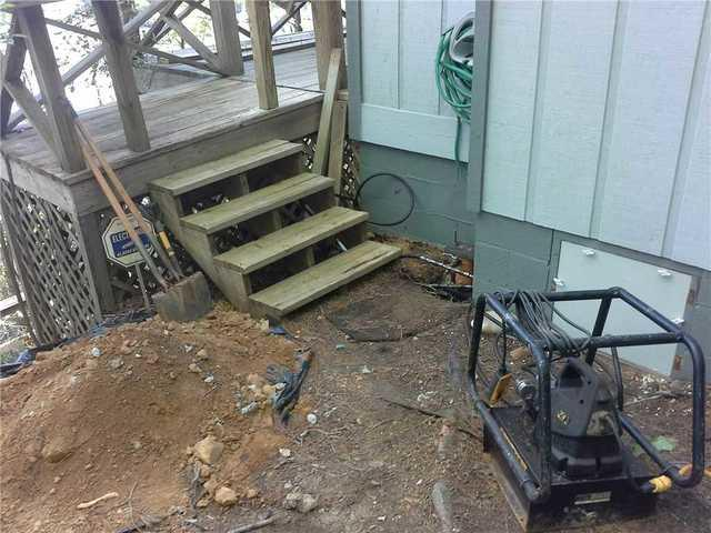 Cracking Lakemont, GA Foundation Has Push Piers Installed to Stabilize Foundation