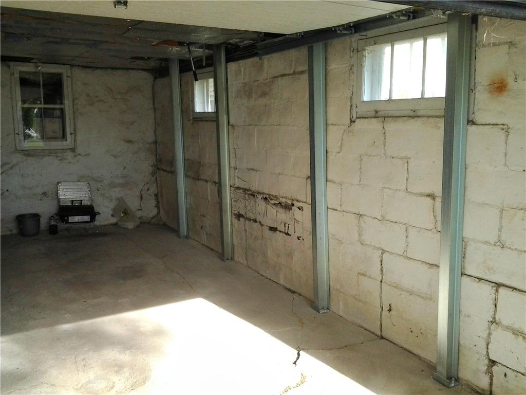Cracked Wall in Ossian, IA Garage - After Photo