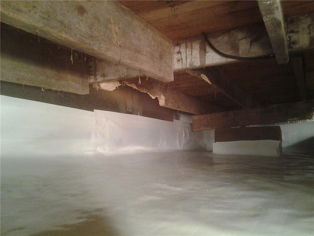 Dirt Crawl Space Encapsulated in Alma, WI - After Photo