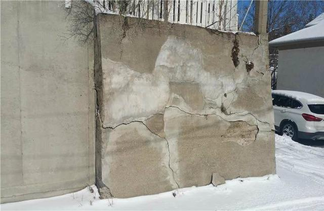 Minneapolis, MN Retaining Wall Stabilized