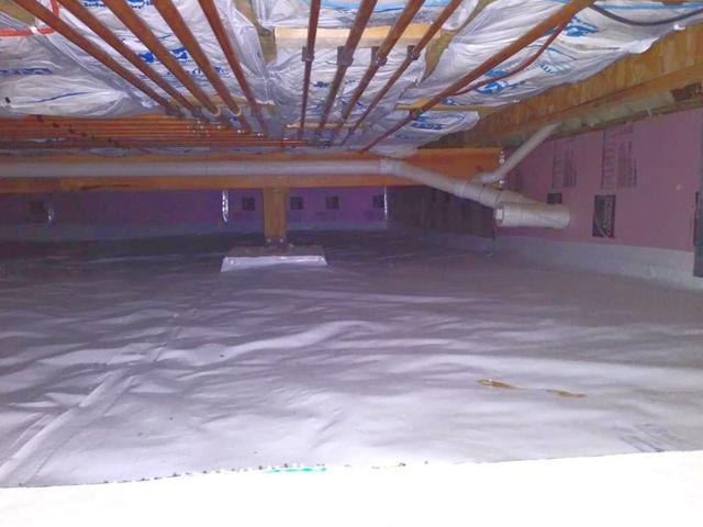 Crawl Space Encapsulated in Elgin, IA